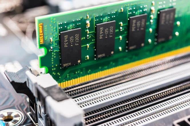 Unterschied zwischen RAM und ROM 4