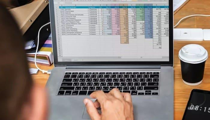 So erstellen Sie eine Excel-Datenbank.  Tutorial 2021