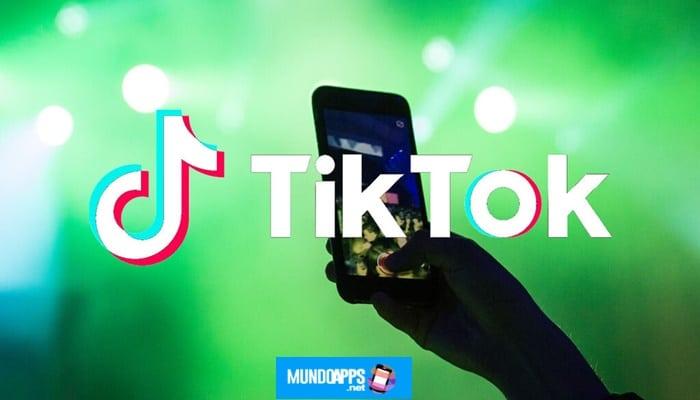 So erstellen Sie ein Duett auf TikTok auf Android / iOS-Telefon 2021
